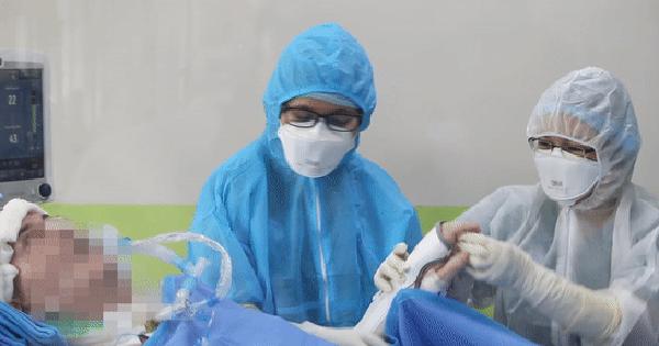 [CLIP] Bệnh nhân 91 nhiễm Covid-19 hồi tỉnh, có thể cử động chân tay và hội chuẩn ghép phổi