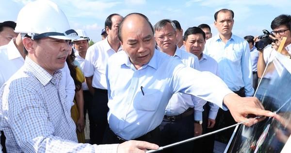 Thủ tướng Nguyễn Xuân Phúc chủ trì buổi làm việc với các tỉnh, thành phố Vùng kinh tế trọng điểm phía Nam