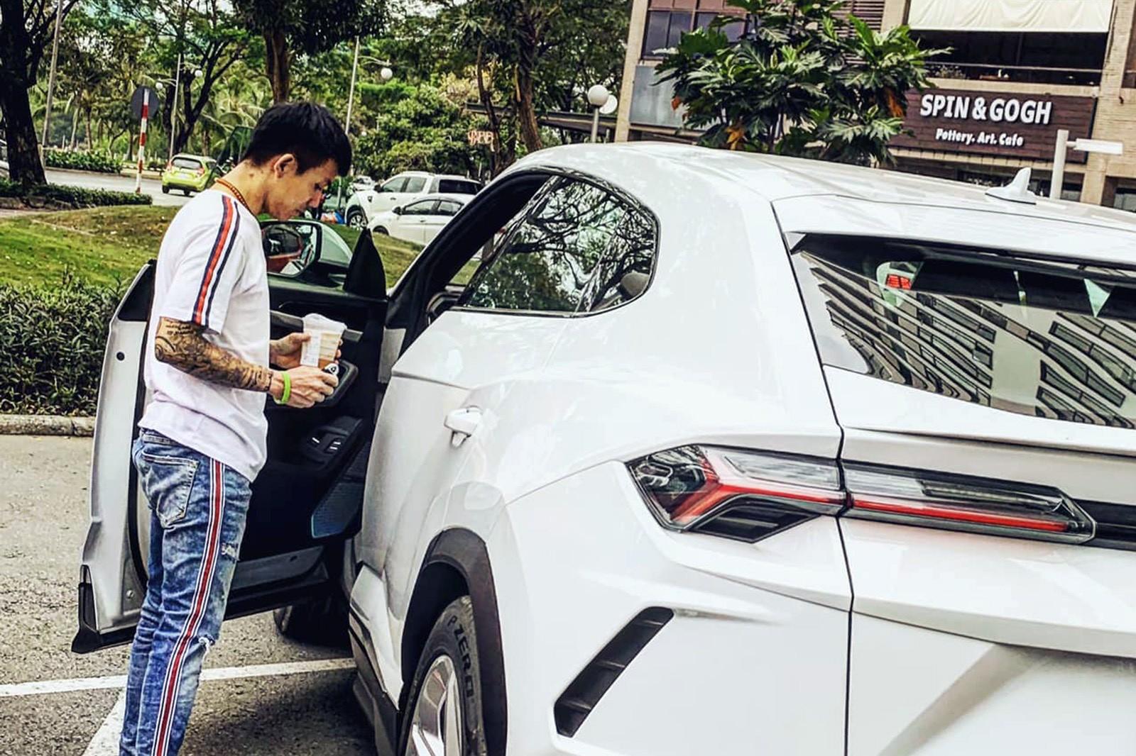 Sau bao tâm huyết độ xe, Minh 'nhựa' bán Lamborghini Urus khiến dân tình tò mò chờ đón siêu phẩm mới
