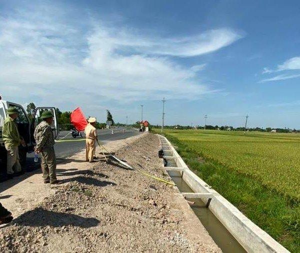 Một người đàn ông ở Thái Bình tử vong dưới kênh nước chưa rõ nguyên nhân