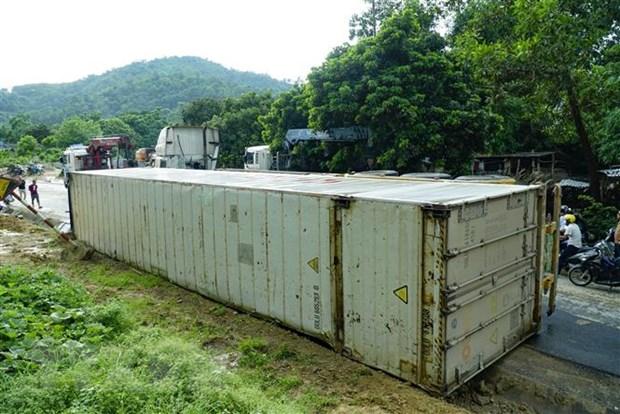 """Tiếp tục xảy ra lật xe container tại điểm đen"""" giao thông dốc Nà Lơi -1"""