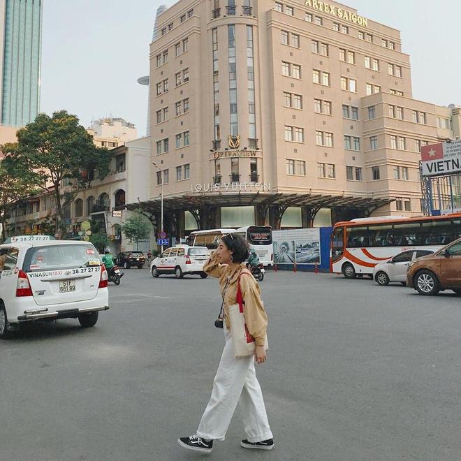Ăn gì ở khu Metro Sài Gòn khi phố chưa lên đèn? Mặc đẹp và ăn ảnh nhé!-12