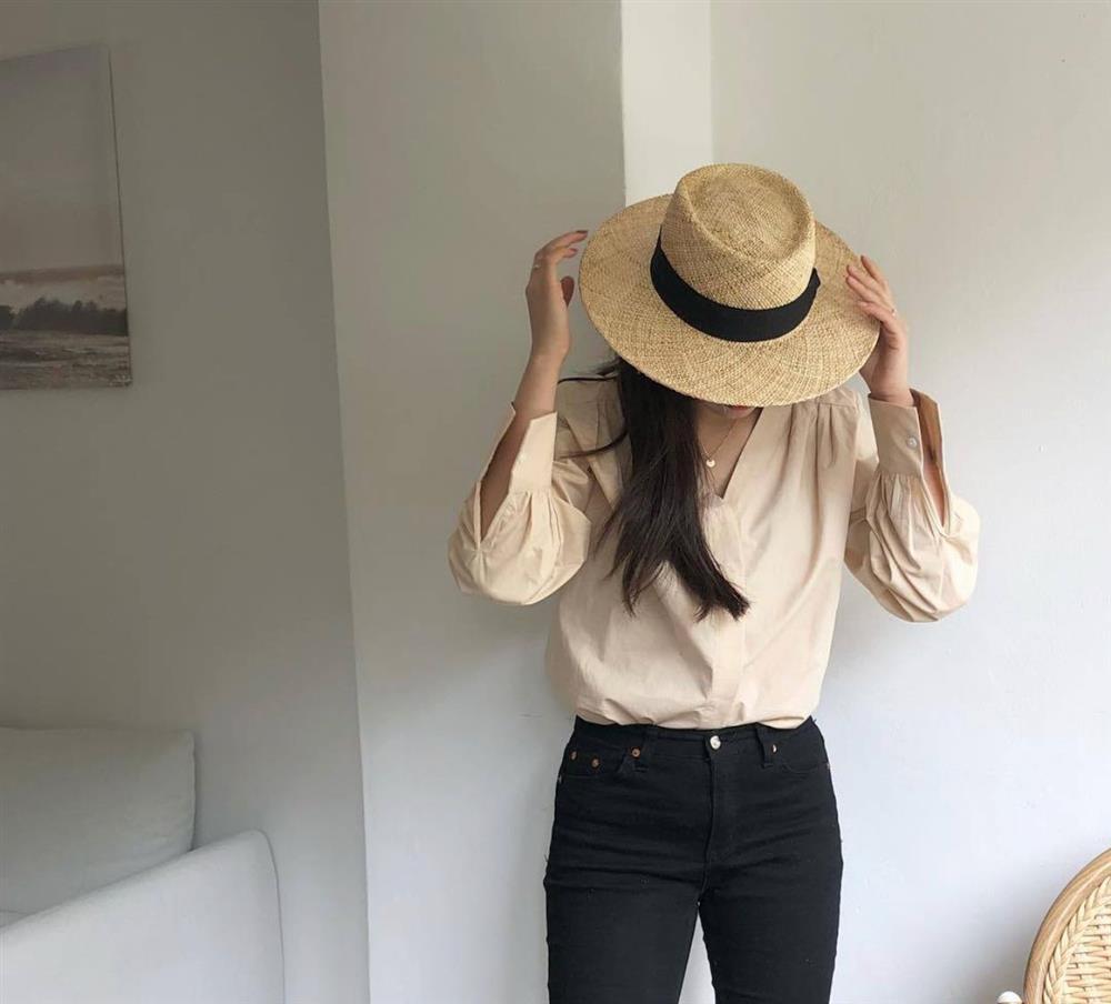 """Không chỉ giải nhiệt"""" tốt, những kiểu mũ rộng vành sau còn giúp bạn lên đồ đẹp miễn chê-7"""