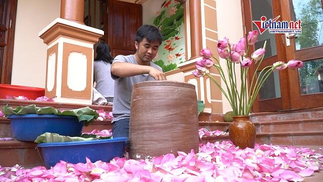 Chàng kỹ sư bỏ việc theo đuổi tình yêu với nghệ thuật ướp trà