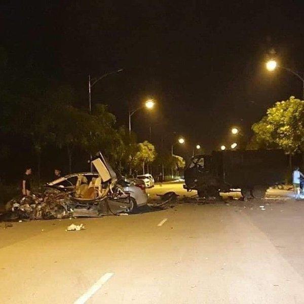 Danh tính 2 tài xế vụ hai xe biển xanh tông nhau kinh hoàng ở Lào Cai