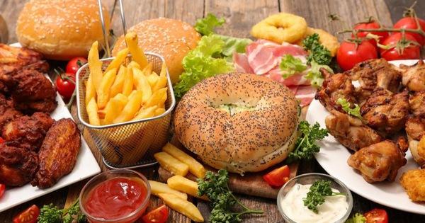 5 loại thực phẩm kém lành mạnh hội công sở cần hạn chế tối đa để trí não luôn minh mẫn
