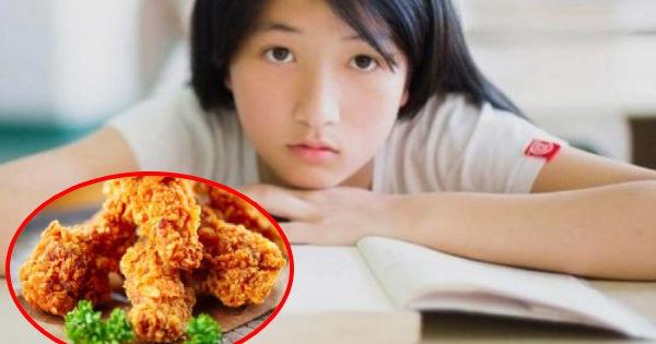 Bé gái 8 tuổi đã xuất hiện kinh nguyệt, dậy thì sớm: Nghe người mẹ tiết lộ món ăn ở nhà, bác sĩ đã khẳng định nguyên nhân