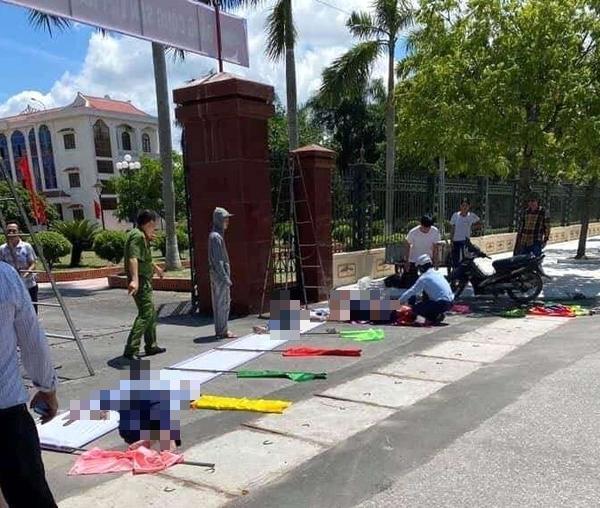 Ba người bị điện giật thương vong trước cổng huyện ủy