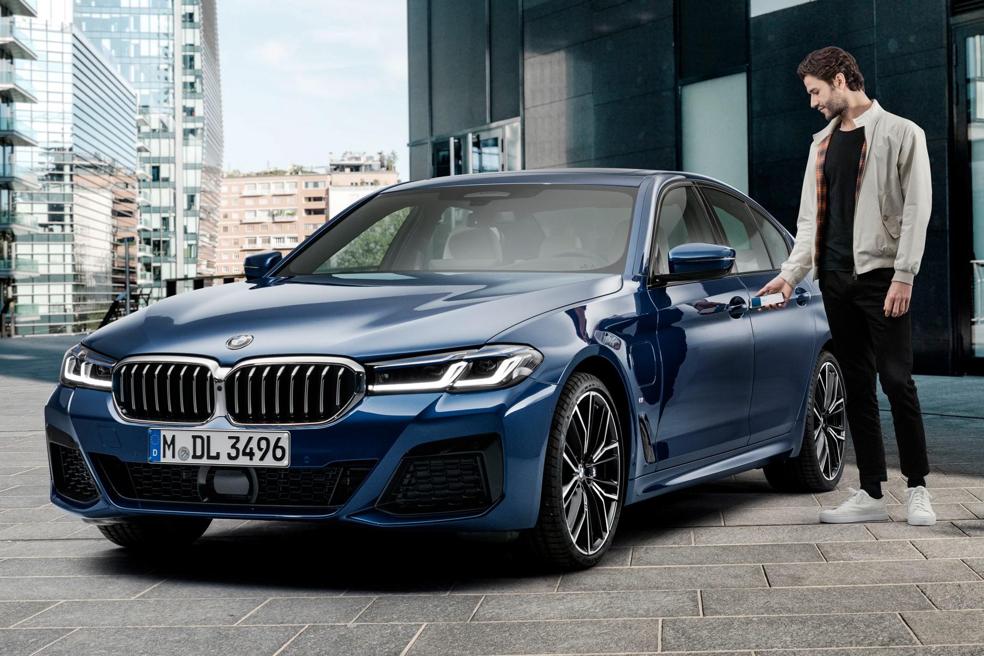 BMW và Apple hợp tác triển khai công nghệ khoá kỹ thuật số