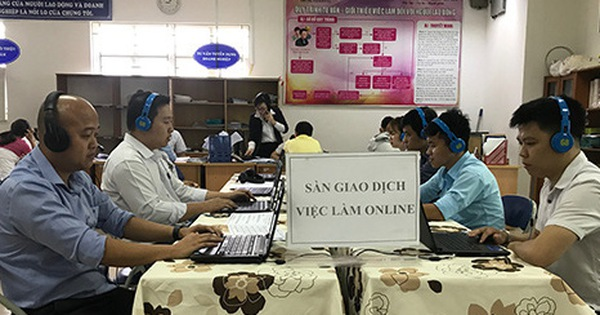 Phiên giao dịch việc làm trực tuyến mang đến cơ hội cho hàng trăm lao động