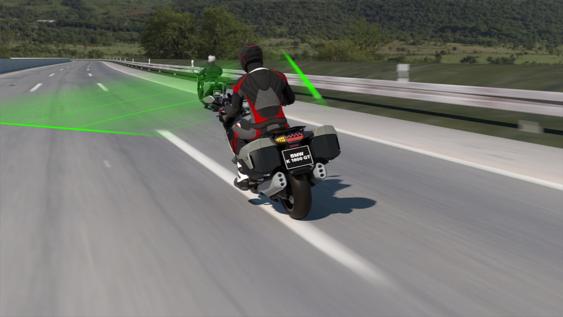 Mô tô BMW Motorrad sắp được trang bị hệ thống kiểm soát hành trình như ô tô