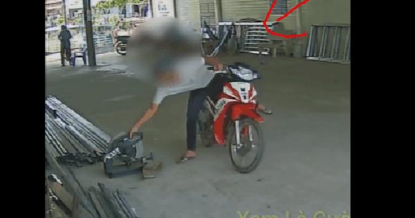 CLIP: Đỗ xe rình rập, thanh niên nhấc ngay máy cắt sắt và pha kết thúc khiến tất cả bất ngờ