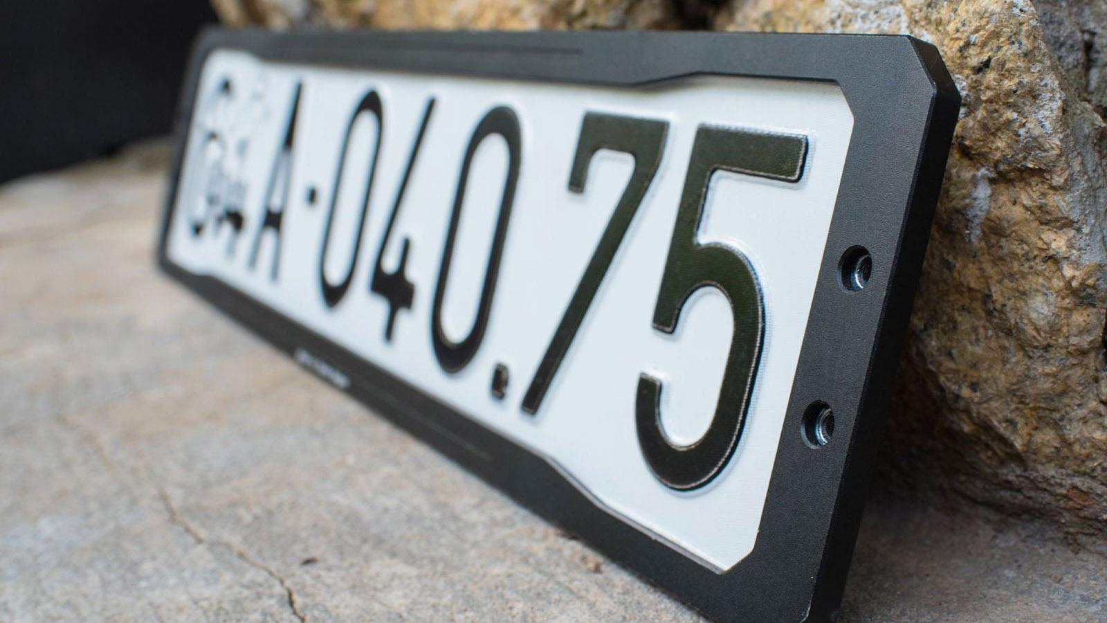 Quy định mới: Bán xe khác tỉnh phải nộp lại biển số