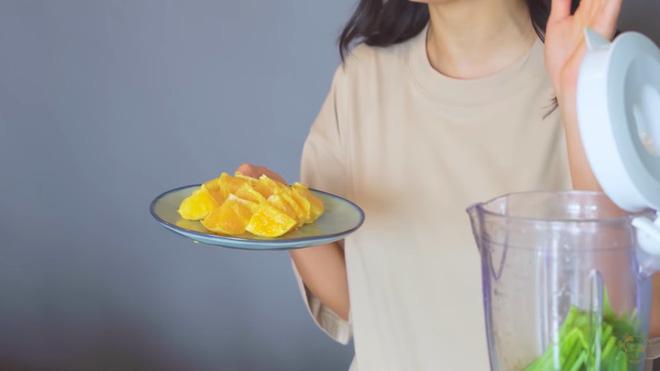 Châu Bùi thị phạm 3 món sinh tố rau xanh thay bữa chính mà vẫn đủ dưỡng chất, Binz hẹn hò với Châu thì kiểu gì cũng lây lối sống healthy này-25