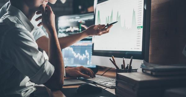 """VDSC: Nhà đầu tư ngắn hạn nên """"mua đỏ, bán xanh"""" trong mùa báo cáo KQKD quý 2"""