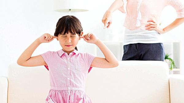"""Trẻ nổi loạn - làm gì để cầm chắc """"dây cương""""?"""