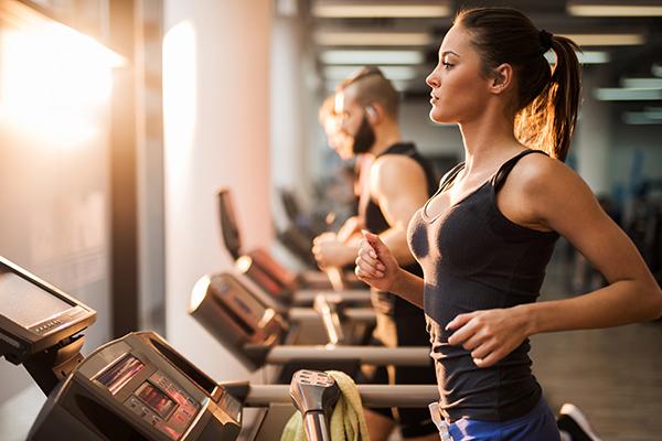Thanh niên nhập viện vì tập gym quá sức, chuyên gia cảnh báo luyện tập mùa nắng nóng-3