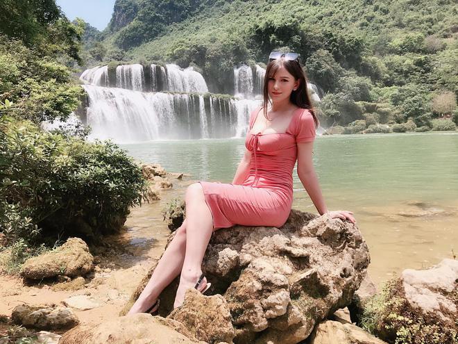 Chân dung nữ DJ Ukraine bốc lửa và đang nổi danh trong showbiz Việt-3