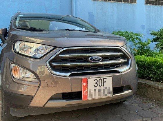 Sẽ xử nghiêm phương tiện giao thông dán bản đồ Việt Nam thiếu Hoàng Sa, Trường Sa
