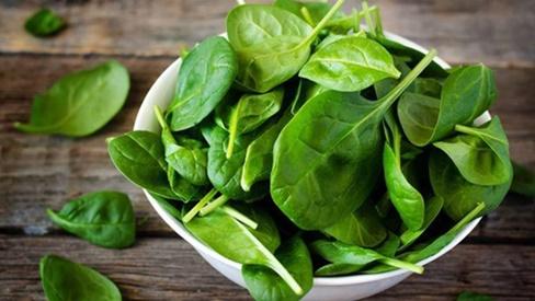 5 loại rau phải chần nước sôi trước khi nấu nếu không sẽ ăn phải độc tố nguy hiểm