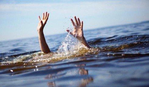 Thiếu phụ và hai trẻ nhỏ đuối nước thương tâm
