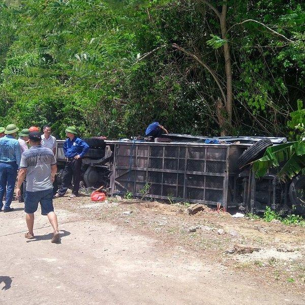 Vụ tai nạn thảm khốc tại Quảng Bình: 15 người tử vong, kiểm tra ma túy tài xế