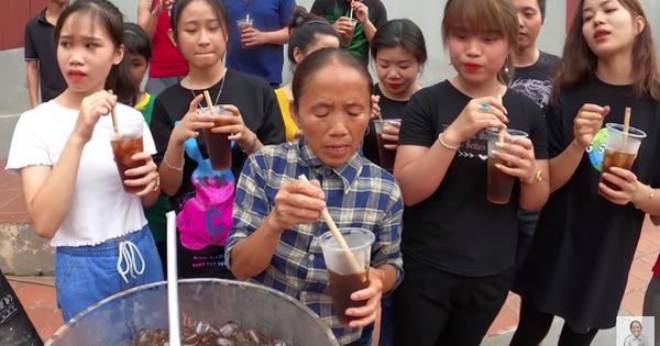 Bà Tân Vlog quay về với loạt món siêu to khổng lồ, nấu trà bí đao 60 lít bị dân mạng soi mất vệ sinh, hương vị trà khiến