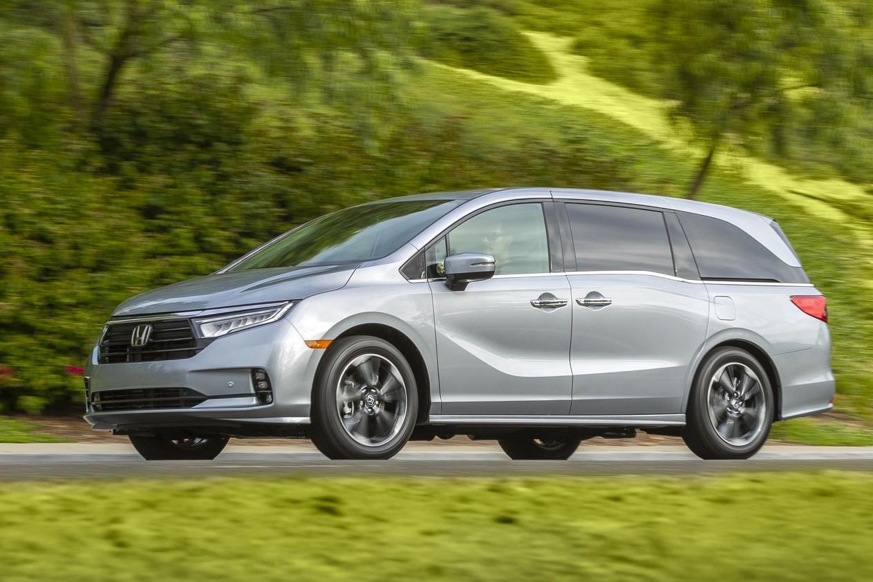 Ra mắt Honda Odyssey 2021 - Xe cho gia đình khá giả