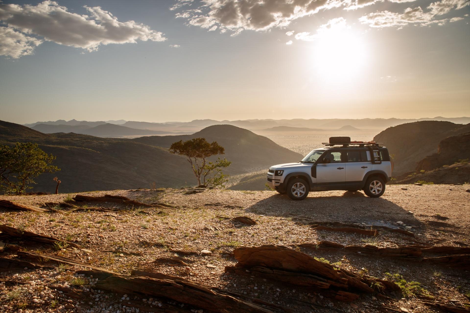 Land Rover Defender thế hệ mới sắp ra mắt thị trường châu Á, chờ ngày về Việt Nam                                            -1