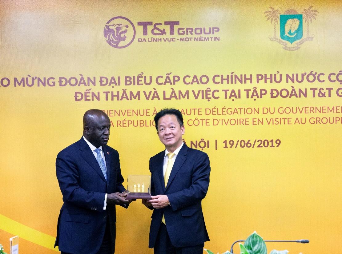 T&T Group thu mua toàn bộ sản lượng điều thô của Chính phủ Bờ Biển Ngà-2