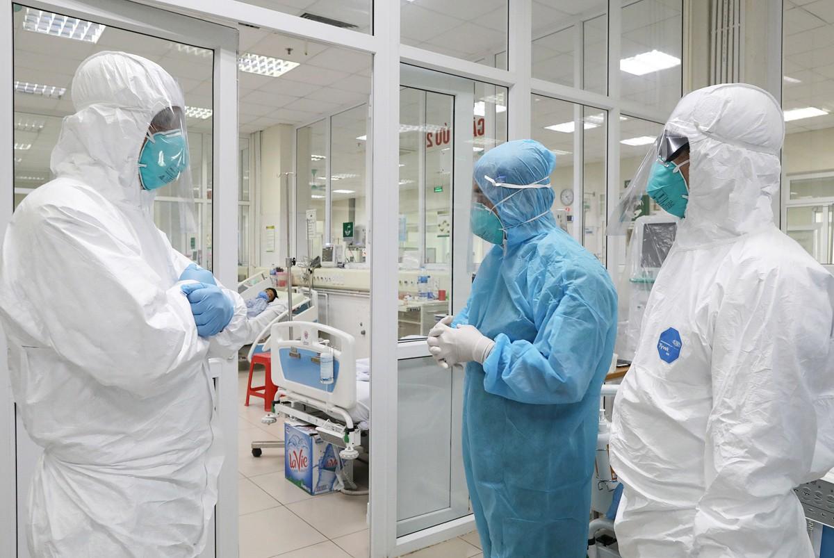 Hoạt động của tổ điều trị bộ Y tế tại điểm nóng Đà Nẵng-1