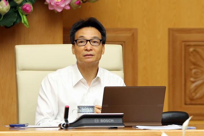 Quyền Bộ trưởng Y tế Nguyễn Thanh Long nói về trường hợp bệnh nhân Covid-19 đầu tiên tử vong-2