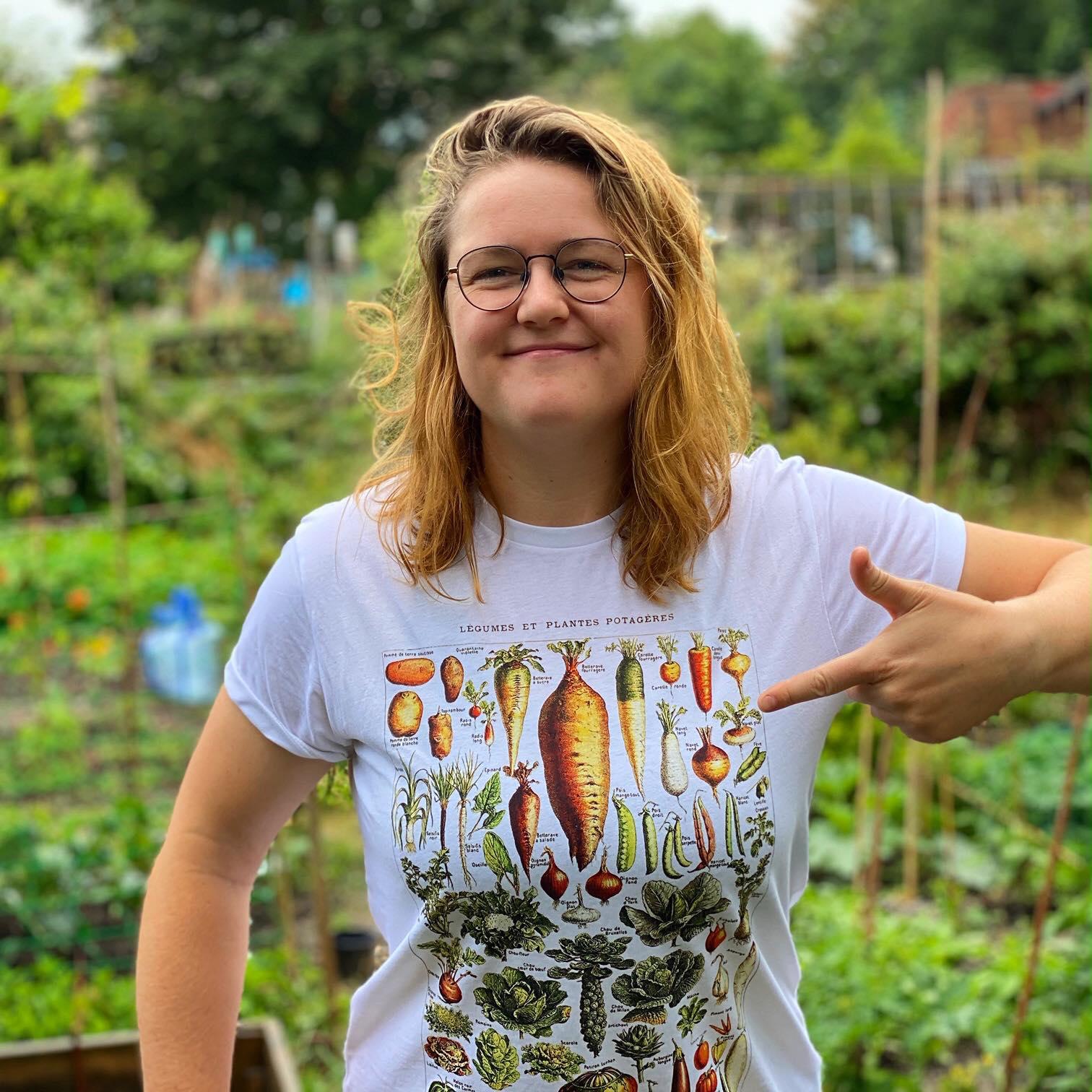 Khu vườn của cô gái xinh đẹp 23 tuổi quyết dành cả thanh xuân để trồng rau quả sạch-8