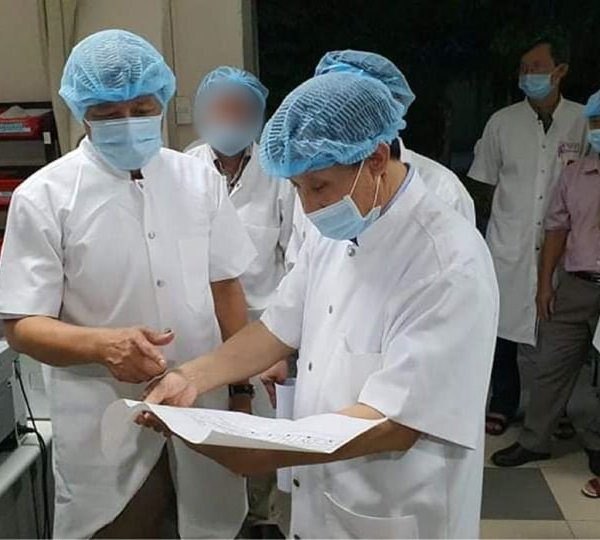Thứ trưởng bộ Y tế bắt đầu chỉ đạo chống dịch Covid-19 tại miền Trung