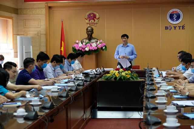 Quyền Bộ trưởng Y tế: Vẫn chưa tìm được mối liên quan giữa các ca COVID-19 tại cộng đồng và các ca mắc trong bệnh viện ở Đà Nẵng-1