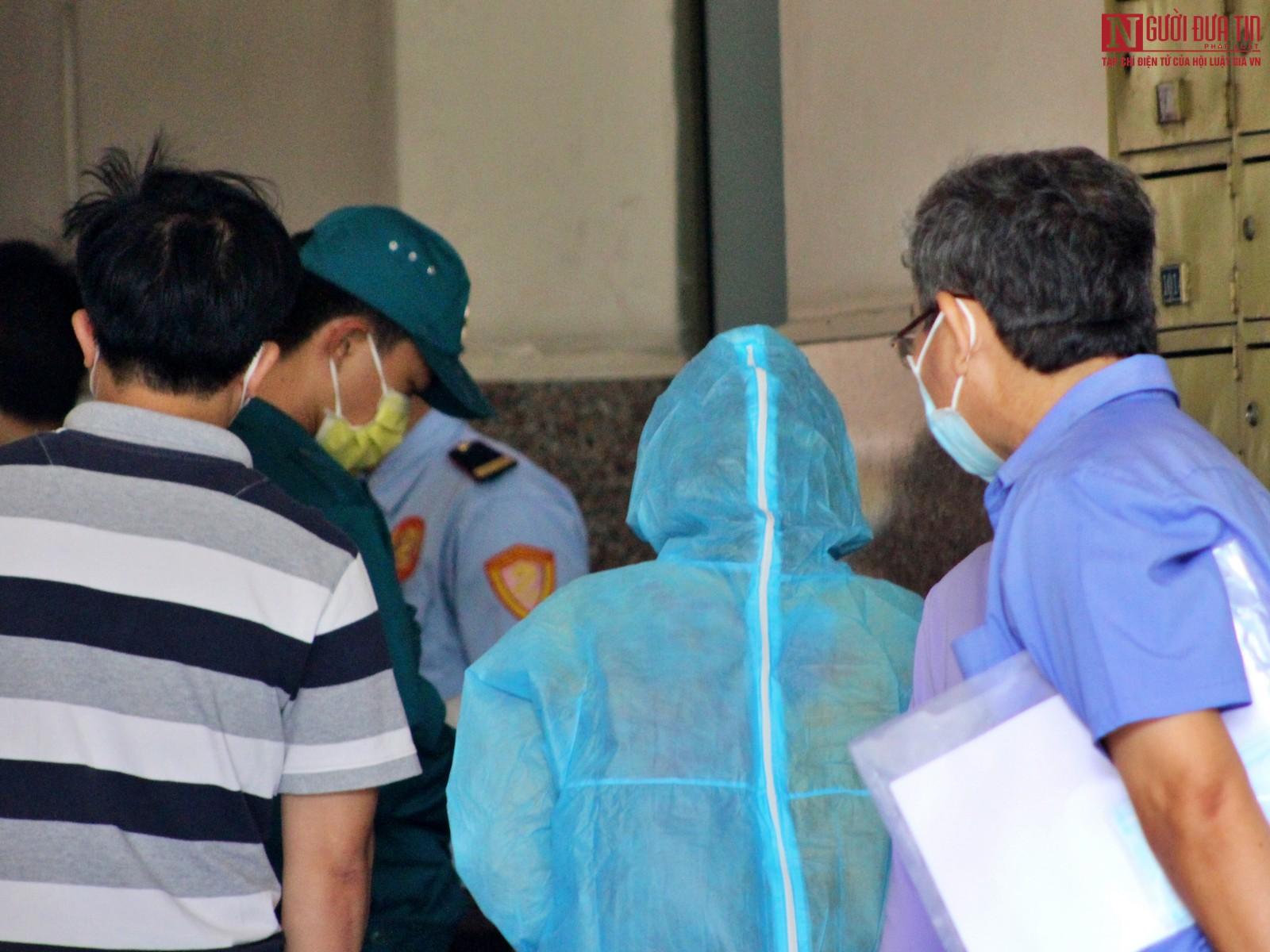 TP.HCM: Xét nghiệm hơn 300 người tại chung cư vì ca nghi nhiễm Covid-19-6