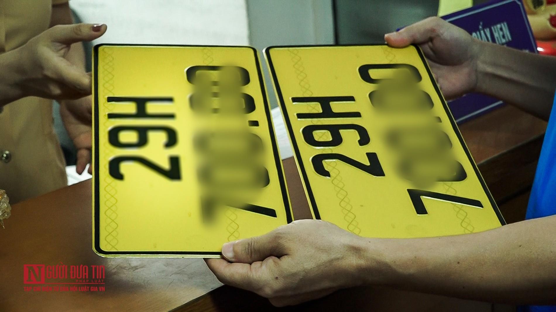 Lộ diện biển số màu vàng cho xe ô tô kinh doanh dịch vụ-4