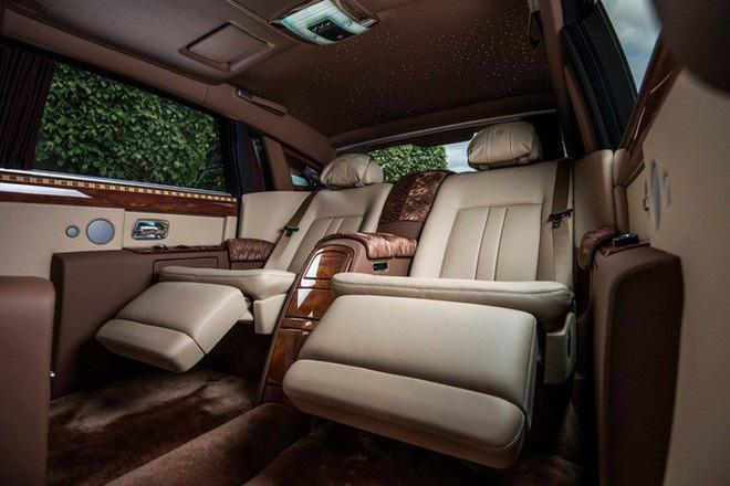 Đẳng cấp 'chơi' Rolls-Royce Phantom của nhà giàu Việt: Hàng siêu hiếm, siêu độc trên thế giới-4