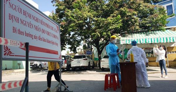 Tình nguyện viên Đà Nẵng chủ động kêu gọi người dân khai báo dịch tễ kịp thời