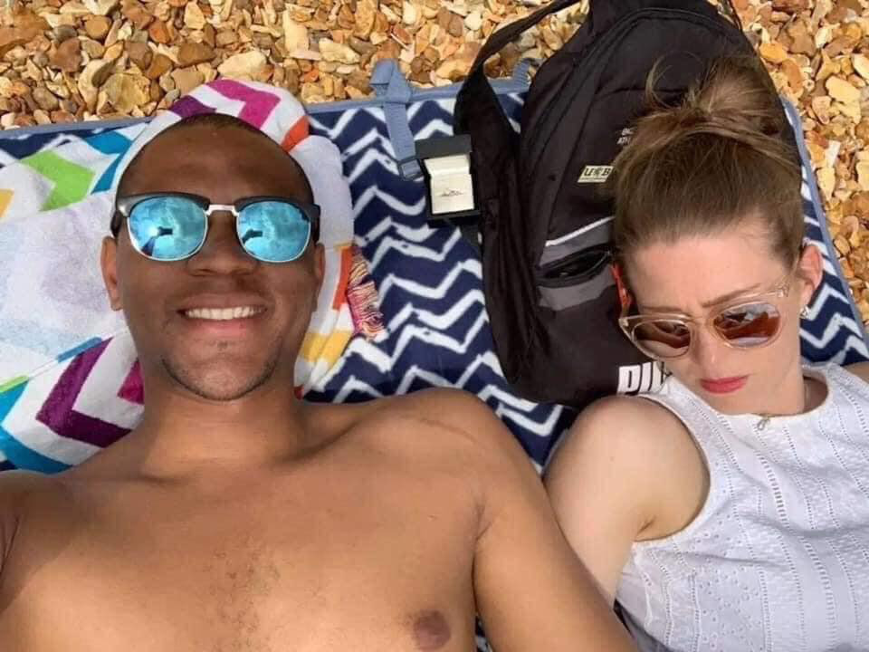Chàng trai lầy lội nhất vịnh Bắc Bộ: Mua nhẫn cưới cầu hôn bạn gái trước cả tháng nhưng phải kiểm tra xem đâu mới là nơi tỏ tình lý tưởng!-4