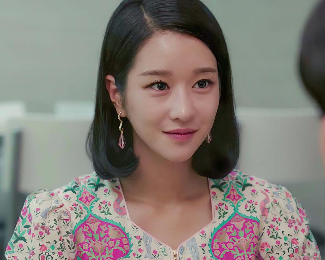 Seo Ye Ji biến hóa khôn lường với 5 kiểu cực sang khi để tóc bob, chị em học theo thì dễ ăn điểm xịn mịn-3