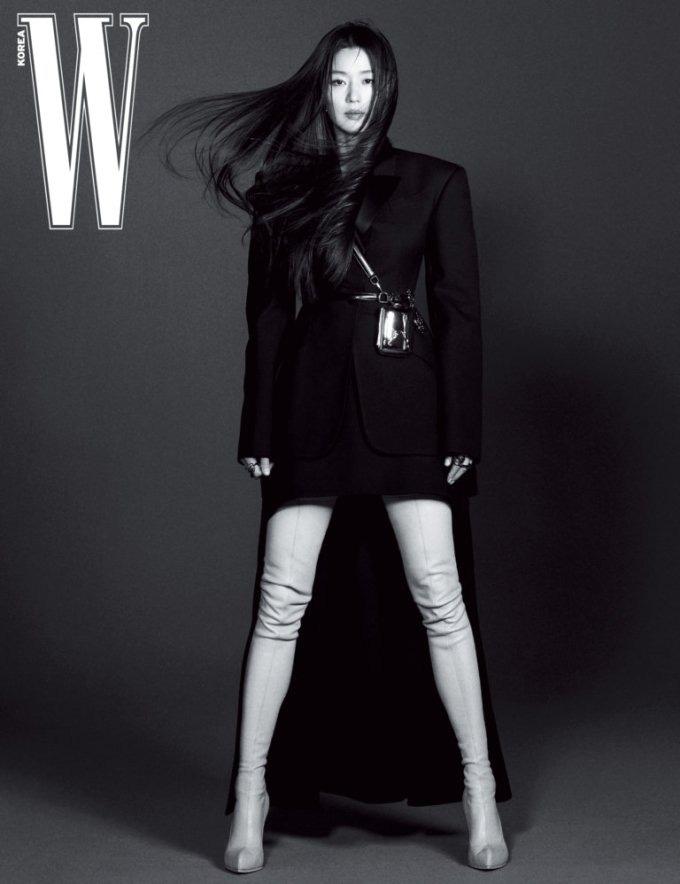 Bí ẩn đằng sau thân hình đẹp hoàn hảo của mợ chảnh Jeon Ji Hyun ở tuổi U40, nghe qua cũng khiến dân tình hết hồn-1