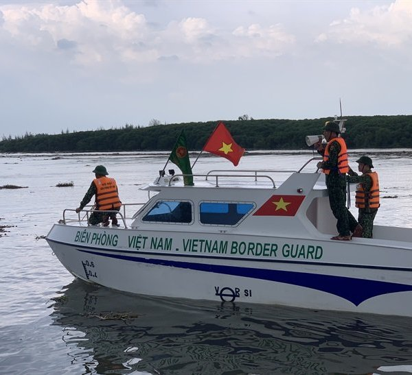 Nghệ An: Khẩn cấp kêu gọi tàu thuyền trên biển về bờ tránh bão số 2