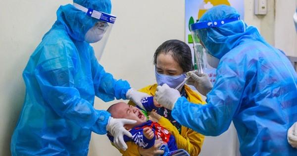 [ẢNH] Bên trong khu xét nghiệm Covid-19 cho người từ Đà Nẵng trở về TP HCM
