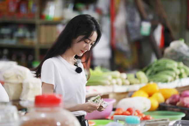 Nhà hàng Trung Hoa 4: Loạt ảnh góc nghiêng tuyệt đẹp của Triệu Lệ Dĩnh, khóc trên truyền hình mà không cho ai biết -8