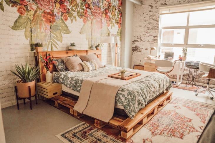 Gợi ý 10 kiểu giường pallet vừa rẻ vừa xinh phù hợp với mọi loại phòng ngủ-2