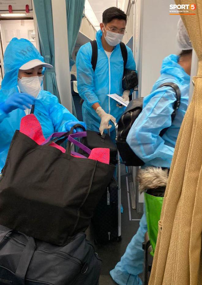 Đoàn Văn Hậu đã có mặt tại Việt Nam, thực hiện cách ly ngay khi nhập cảnh-3
