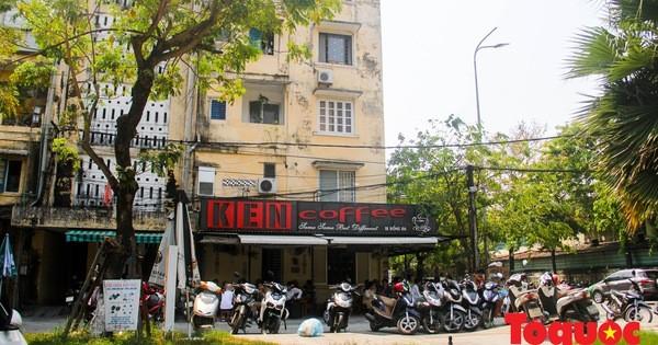 Nhà hàng, quán cà phê... tại Huế bắt đầu thực hiện giản cách xã hội