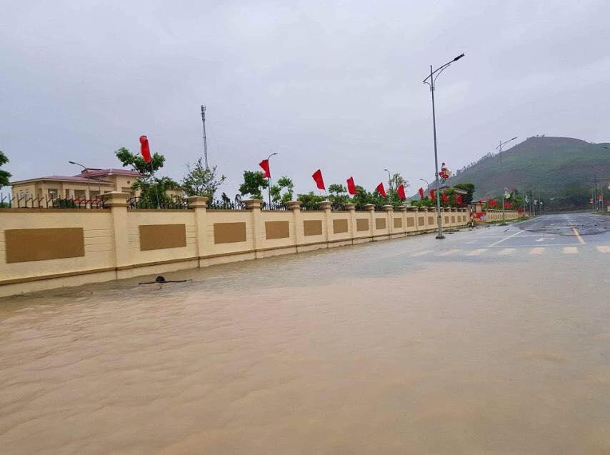 Hà Tĩnh: Sai sót trong lập đồ án, Trung tâm hành chính huyện Kỳ Anh ngập trong nước sau cơn mưa-5