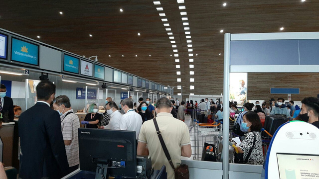 Liên tiếp các chuyên bay đưa công dân Việt Nam từ các nước châu Âu, châu Phi, châu Á về nước-3